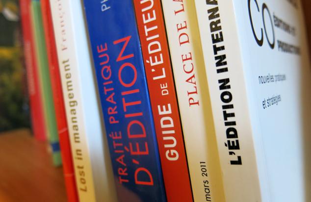 Les livres intéractifs : entre typographie, loup solitaire et dinosaures