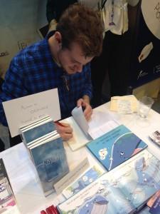 Etudiant/Auteur en dédicace au Salon du Livre 2016