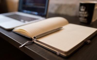 Pourquoi choisir un master en édition et communication ? Voici 5 bonnes raisons d'intégrer le Master Ingénierie Editoriale et Communication de l'UCP